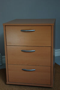 ikea nightstand buy sell items tickets or tech in ottawa kijiji classifieds. Black Bedroom Furniture Sets. Home Design Ideas