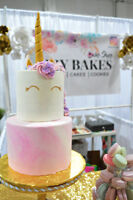 PERFECT CUSTOM CAKES, SUGAR COOKIES, AND MACARONS! TASTE GREAT!