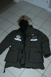 Canada Goose vest sale fake - Canada Goose Snow Mantra | Buy & Sell Items, Tickets or Tech in ...