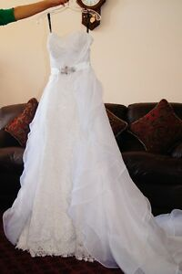 BEAUTIFUL BRAND NEW STRAPLESS SWEETHEART TOP BRIDAL DRESS!!