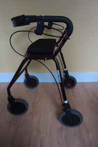 Collapsible 4-wheeled walker (Rollator)