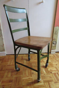 CANADIAN MILITARY VINTAGE DESK CHAIR