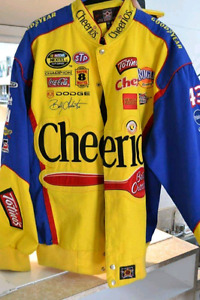 Online Auction of Nascar Memorabilia