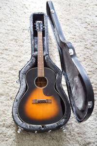 Ozark 3740 Small Body acoustic/electric Guitar and HSC