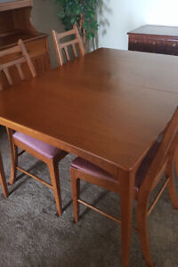 Maple Dining Set (Table, Chairs, Buffet, Hutch)