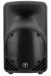 Two Mackie SRM 350 V2 Powered speakers