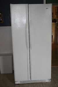 Kenmore fridge with side door freezer