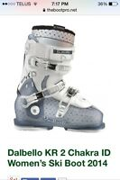 NEW Women's Dalbello Ski Boot 23.5