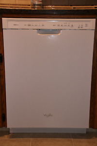 Whirlpool Diswasher & Fridge Stove & Microwave - Sell as Package