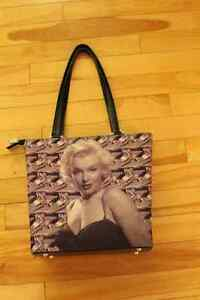 SUPER COLLECTIONS OF MARILYN MONROE. LIKE NEW!! Gatineau Ottawa / Gatineau Area image 2
