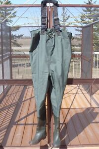 Hodgman Bantam Weight Chest Wader w/ Cleated Sole, New, Sz 10