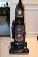 Bissell Cleanview II Upright Bagless Vaccuum