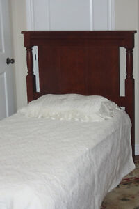 Stunning Cdn Made- QUALITY WOOD SINGLE Twin Bed- A1