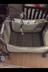 Play pen for sale in good condition
