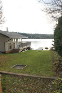 SHORT TERM RENTAL, FURNISHED HOME ON LONG LAKE!