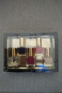 New! Estee Lauder Nail Polish Set