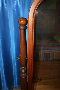 Full Length Solid Oak Mirror With Stained Glass Trim Windsor Region Ontario image 2