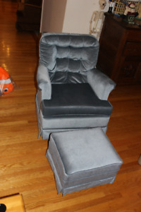 Retro blue recliner with foot stool