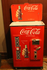 Coca Cola Coke Classic Nostalgia Cooler ll Ice Ch 1992 Paul Flum