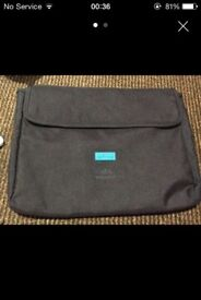 GENUINE TED BAKER LAPTOP BAG/COVER IMMACULATE CONDITION