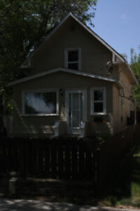 109 Ave N S, for Rent (or sale)