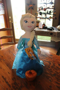 Fall/Halloween Decor - Frozen Elsa with Pumpkin