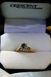 10kt yellow gold sapphire cluster ring