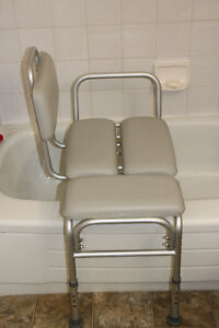 Bathtub transfer chair