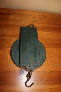 Old Purina Feed Saver and Cow Culler Hanging Scale London Ontario image 2