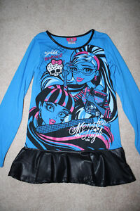 Monster High Ghoulia Long Sleeved Shirt- Size M (10-12)