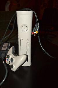Console de jeux XBOX 360 avec 8 jeux