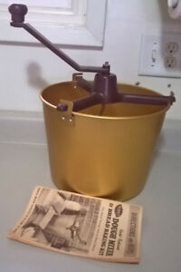 Vintage Mirro Gold Fashioned Dough Mixer