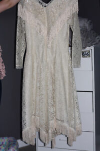 AUTHENTIC WESTERN WEDDING DRESS OR EVEN COSTUME