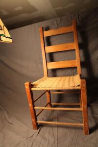 4 chaises repro pin ladderback