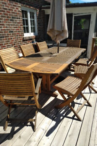 Outdoor dining set / patio dining furniture