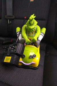 Dr Suess The Grinch Getaway Car Radio Shack Vintage RC Remote