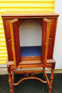 Antique Cabinet $40 delivery available 902-210-0835