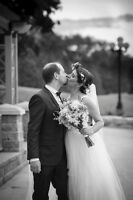 Elegant, Timeless Wedding Photography on a Budget!