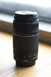 FOR SALE: 10/10 CONDITION - CANON 75-300MM TELEPHOTO LENS