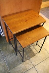 Set 2 nesting tables wood/metal $20 firm