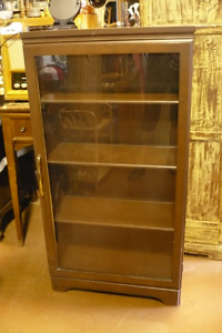 Display Cabinets, China Cabinets, see photo's for some choices