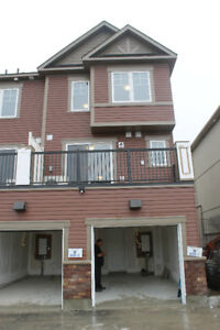 3 BEDROOMS BRAND NEW TOWN HOUSE IS FOR LEASE IN OSHAWA.