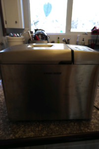 Black and Decker Stainless Steel breadmaker
