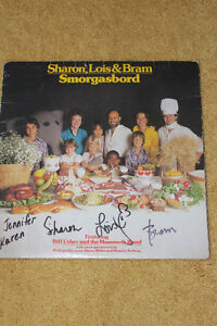 """AUTOGRAPHED RECORD OF """" SHARON, LOIS & BRAM """""""