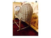 Beautiful izipod Moses basket & rocking stand