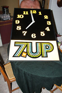 SUPER LARGE PLASTIC LIGHTED 7UP CLOCK