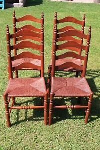 Wood Chairs/Chaises en Bois