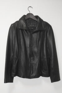 Anne Klein leather jacket - womens Large - as new