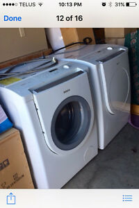 Bosch Front Load Washer and Dryer Set Strathcona County Edmonton Area image 1