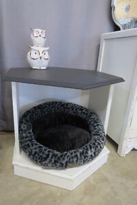 Shabby Chic Side Table/Pet Bed